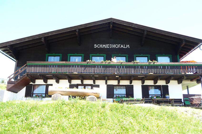 Schmiedhof Alm im Sommer